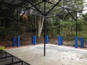 Nouvelle cage pour les 2 ours